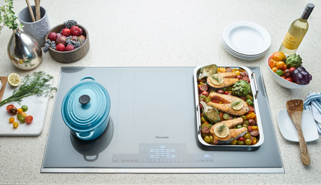 Thermdor Liberty induction cooktop with pot and griddle
