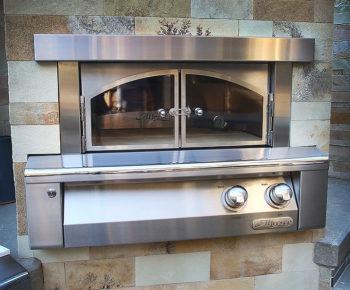 Alresco built-in Pizza Oven
